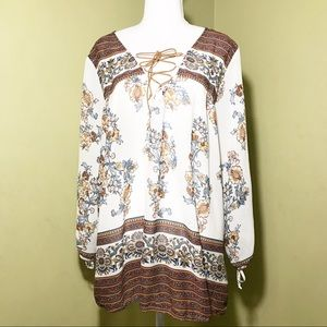 MAUNCES 3/4 sleeves light & flowy paisley top S-2